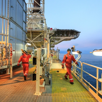 bp-fpso-walk-the-deck